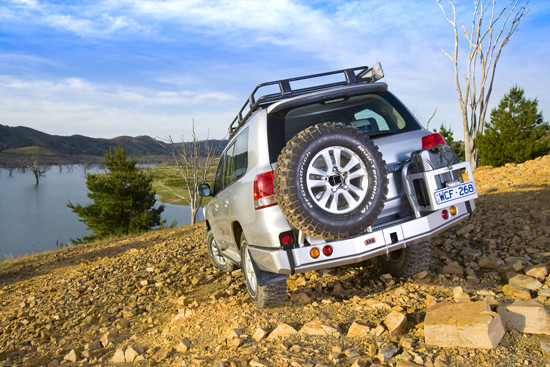 ARB Heckstoßstange Toyota J200 V8, geeignet f. Reserverad u. Kanisterhalter